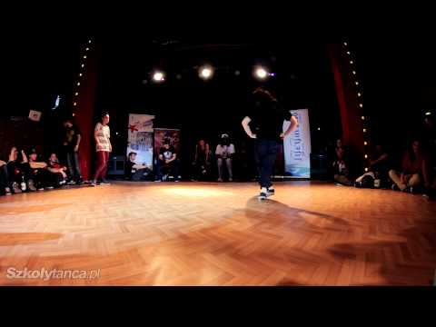 Ćwierćfinał Hip-Hop Female - Aga vs Ewulin  | SDK Poland 2013 | WWW.SZKOLYTANCA.PL