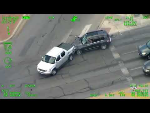 Woman with baby crashes and runs after police chase   DPS VIDEO streaming vf