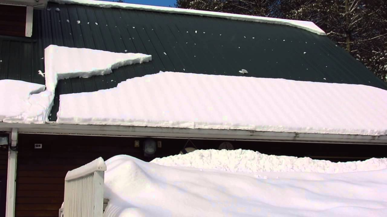 Snow Sliding Off Metal Roof As It Warms Up Youtube