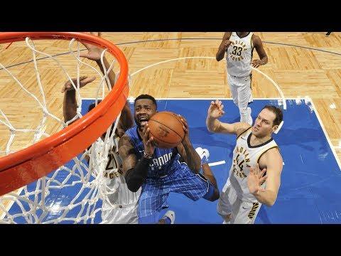 NBA G League Alum Jonathon Simmons skies for alley-oop slam