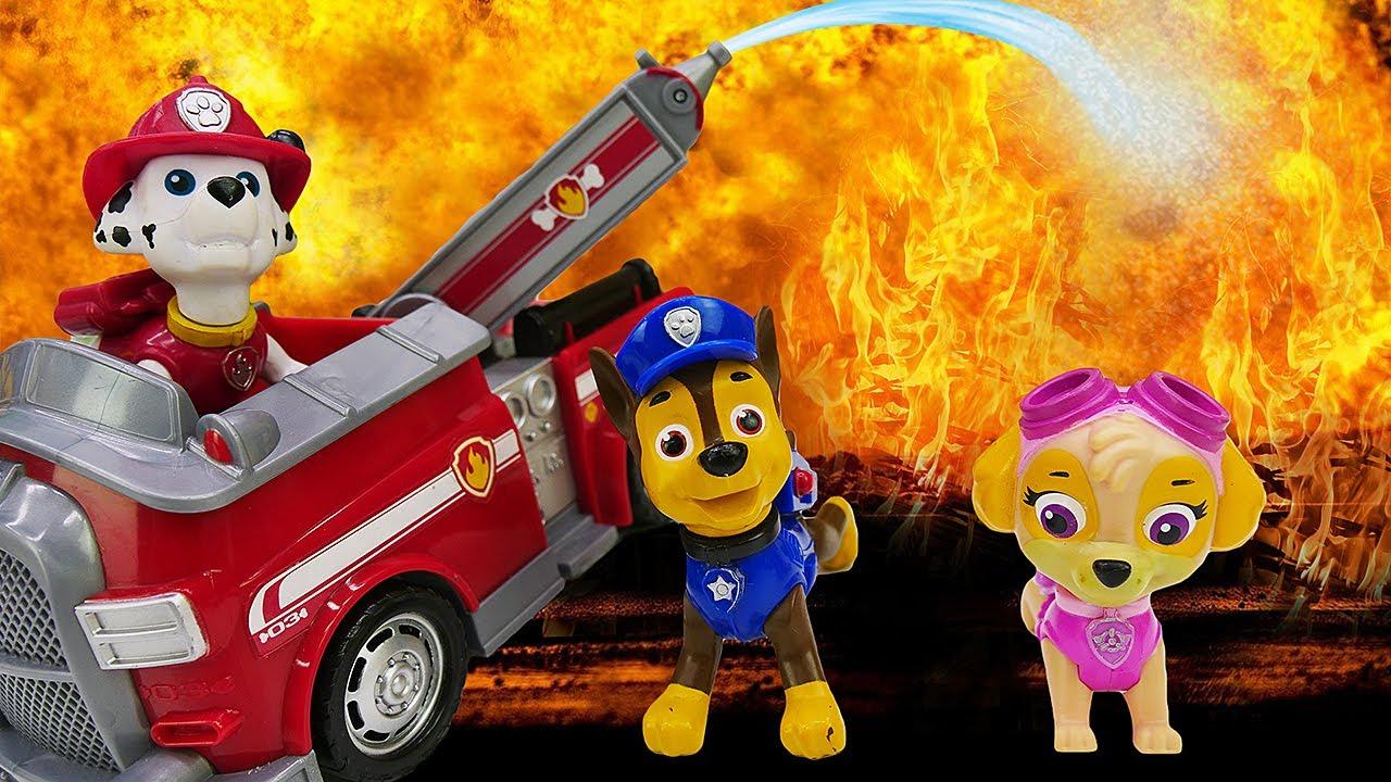 🔥La Patrulla Canina apaga un incendio fortísimo. Juguetes Paw Patrol en español