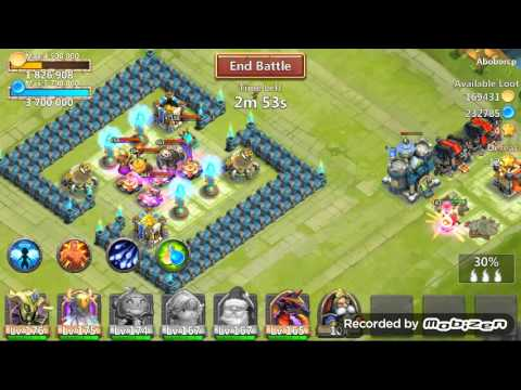 Castle Clash: Santa Boom Best Talent!