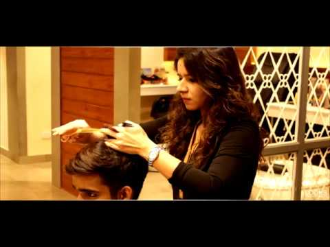The Expert Khyati Ahuja The Stylish   Looks Unisex Salon   India