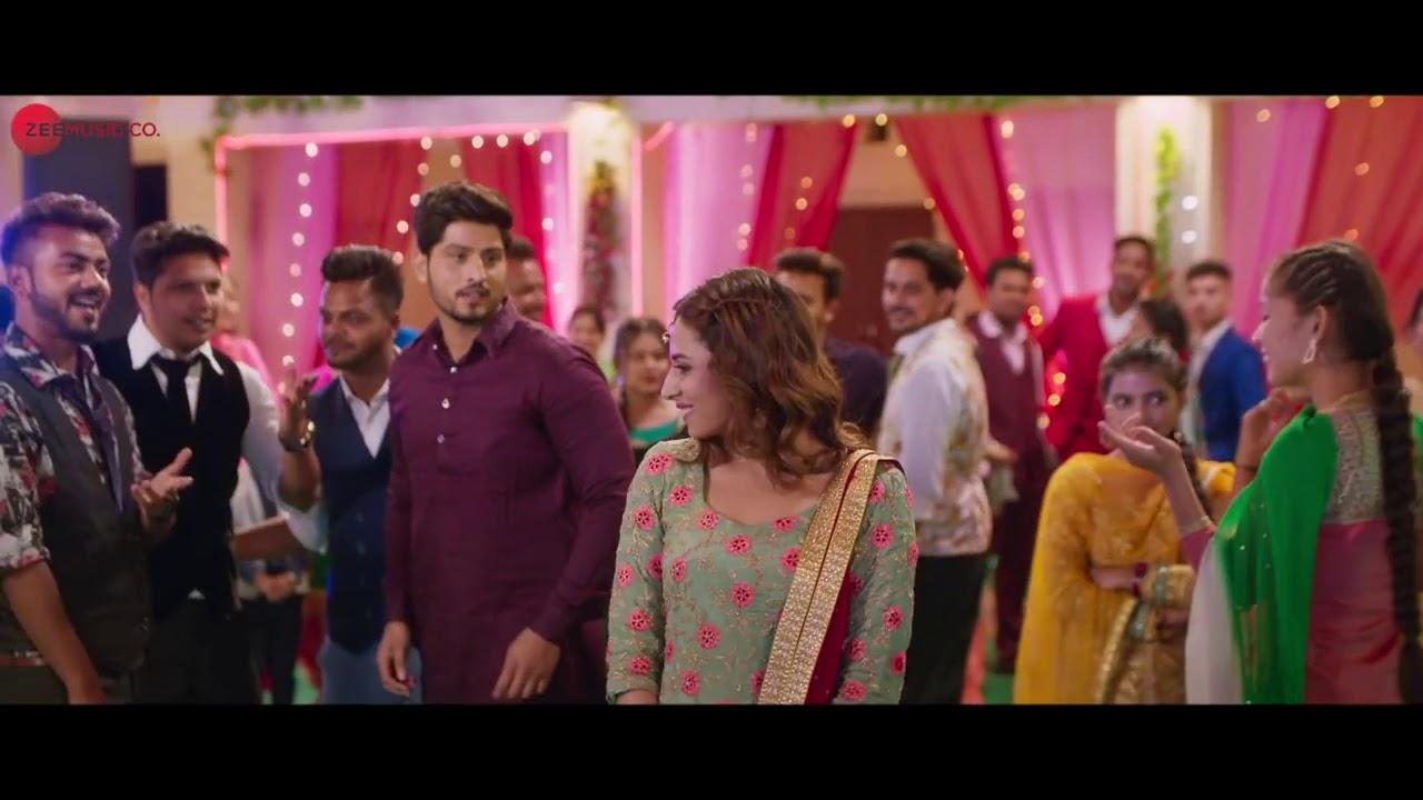 Karmawala Tu Ve    Gurnam Bhullar    Surkhi Bindi Movie    Hit Songs