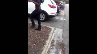 vuclip BoyFriend Catches GirlFriend Cheating Outside The Mall