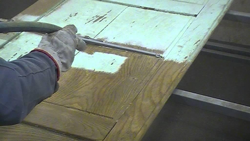 Decapage sablage aerogommage porte en ch ne peinte youtube - Adhesif pour porte de placard cuisine ...
