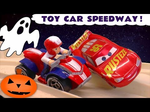 Cars 3 McQueen in Hot Wheels Race Off Spooky Racing with Paw Patrol Mighty Pups Rocky & Toy Story 4