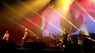 Crowded House Playing with Fire Live (Wellington NZ)