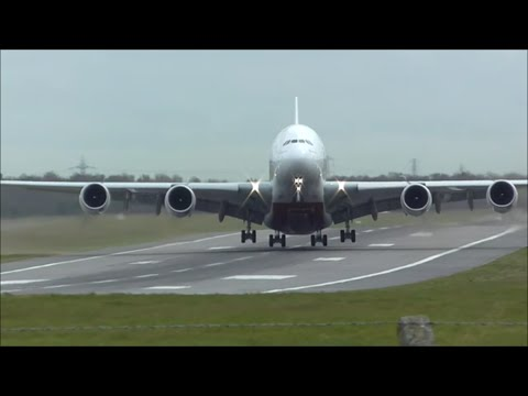 Strong Crosswinds at Birmingham Airport BHX, UK! | 29/03/16