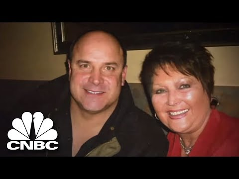 Football Star Gains The Friendship Of A Sick Boy's Mother | American Greed | CNBC Prime