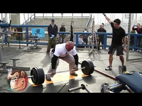 Guys has explosive diarrhea from lifting over 800 pounds (VERY SERIOUS)