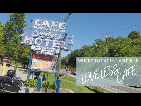 Loveless Cafe Fried Chicken l Eating in Nashville