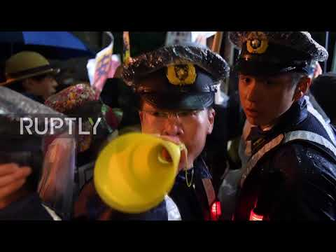 Japan: Protesters turn up heat on scandal-hit Abe outside Tokyo residence