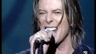 David Bowie - The Pretty Things Are Going To Hell (Live in Madrid, Spain 1999) 8/9