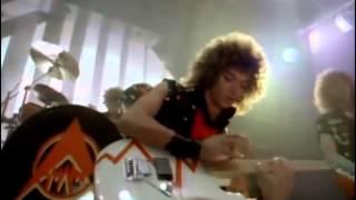 Steve Lynch Solo - Turn Up The Radio