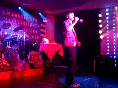 Lý Hải - Anh mới chính là người em yêu (live -Bar DHSG)