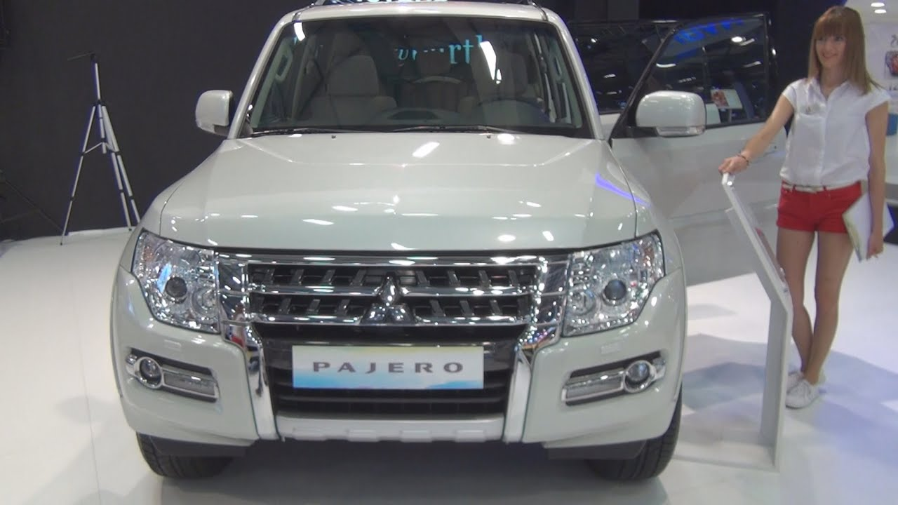mitsubishi pajero 32 di d instyle at 2015 exterior and interior in 3d