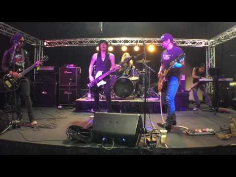 L.A. Guns - Rip & Tear - from the Hair Nation Rehearsals (9/16/16)