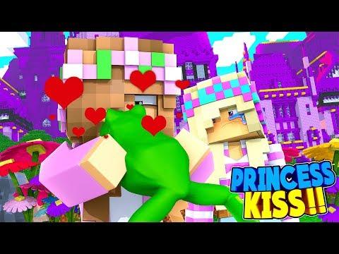Minecraft LITTLE DONNY KISSES LITTLE DONNY TO BREAK THE SPELL!!