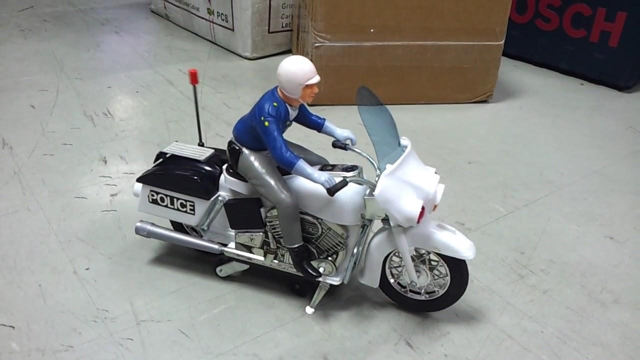 1960 S Yonezawa Police Motorcycle Harley Davidson 12 Inch