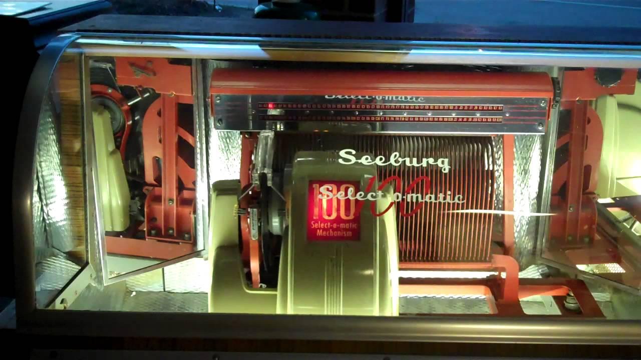 1951 Seeburg M100 B Jukebox