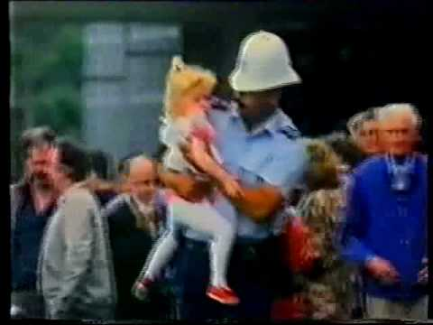 NZ police commercial circa 1991 - 'He ain't heavy, he's my brother'