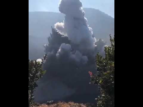 Detik detik erupsi gunung Tangkuban perahu!