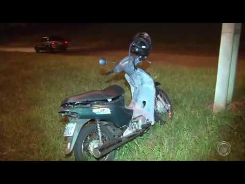 Jovem fica ferida em aciente com motocicleta na zona norte