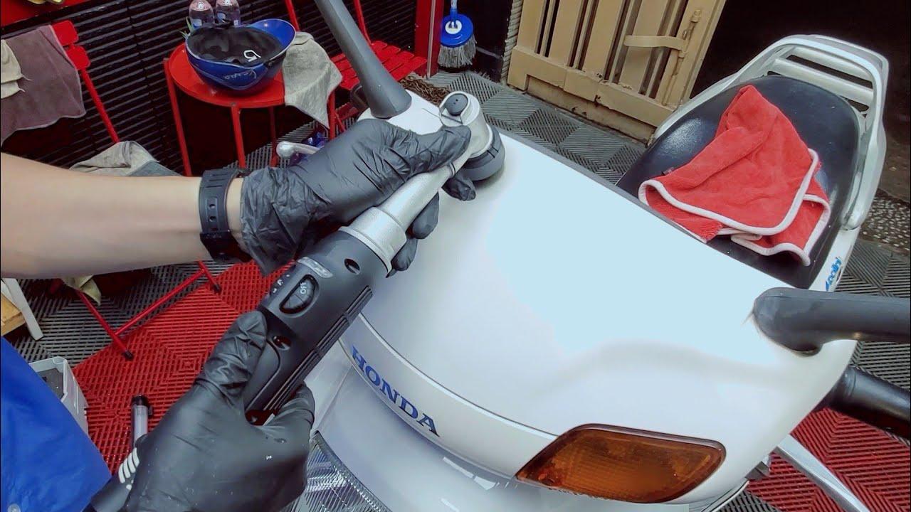 Cách đánh bóng làm sạch nhẹ nhàng lóc máy, tay dắt zin trong 30s - Honda Spacy sau 13 năm | Hoan1208