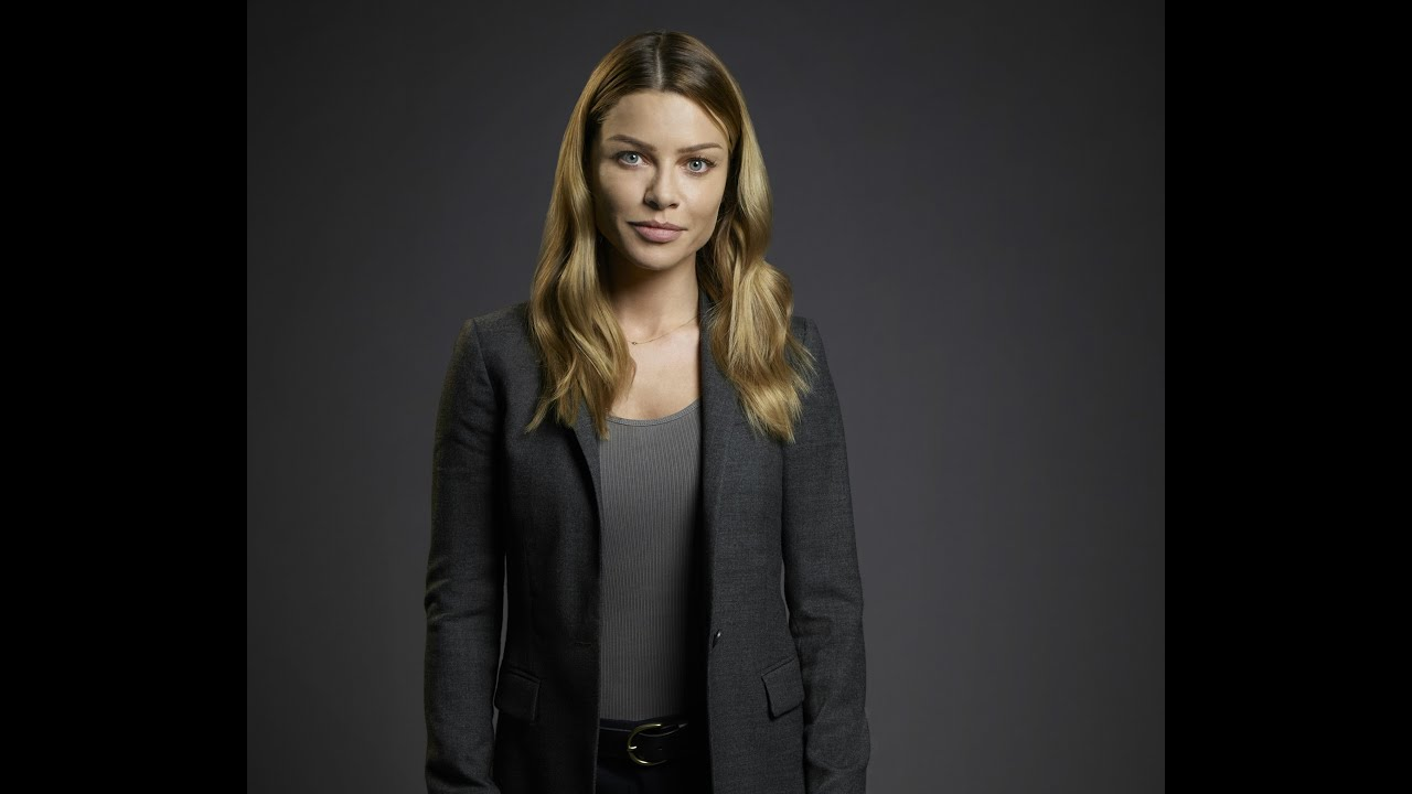 Lauren German Interview - Lucifer (FOX) - YouTube