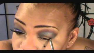 TUTORIAL FEATURING URBAN DECAY BOOK OF SHADOWS IV.wmv Thumbnail