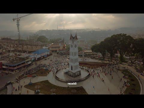 aerial-bukittinggi-jam-gadang-ngarai-sianok-2019