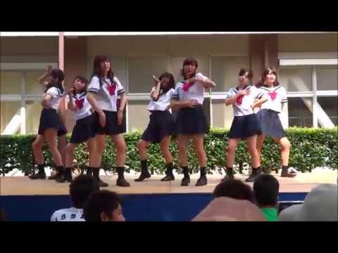 女子高校生が魅惑のダンス!?文化祭で起きたJKの行動が....