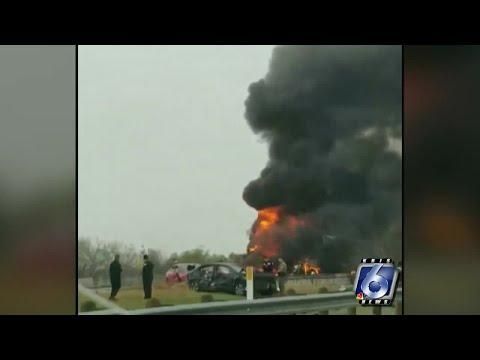 Interstate 37 shut down near Live Oak, Atascosa County line