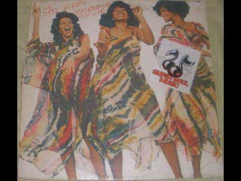 The Three Degrees Standing up for love (Album face1)