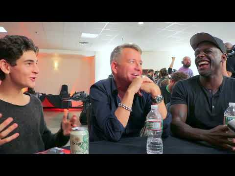 David Mazouz (Bruce Wayne), Sean Pertwee (Alfred) & Chris Chalk (Lucius Fox) talk Gotham at NYCC '17