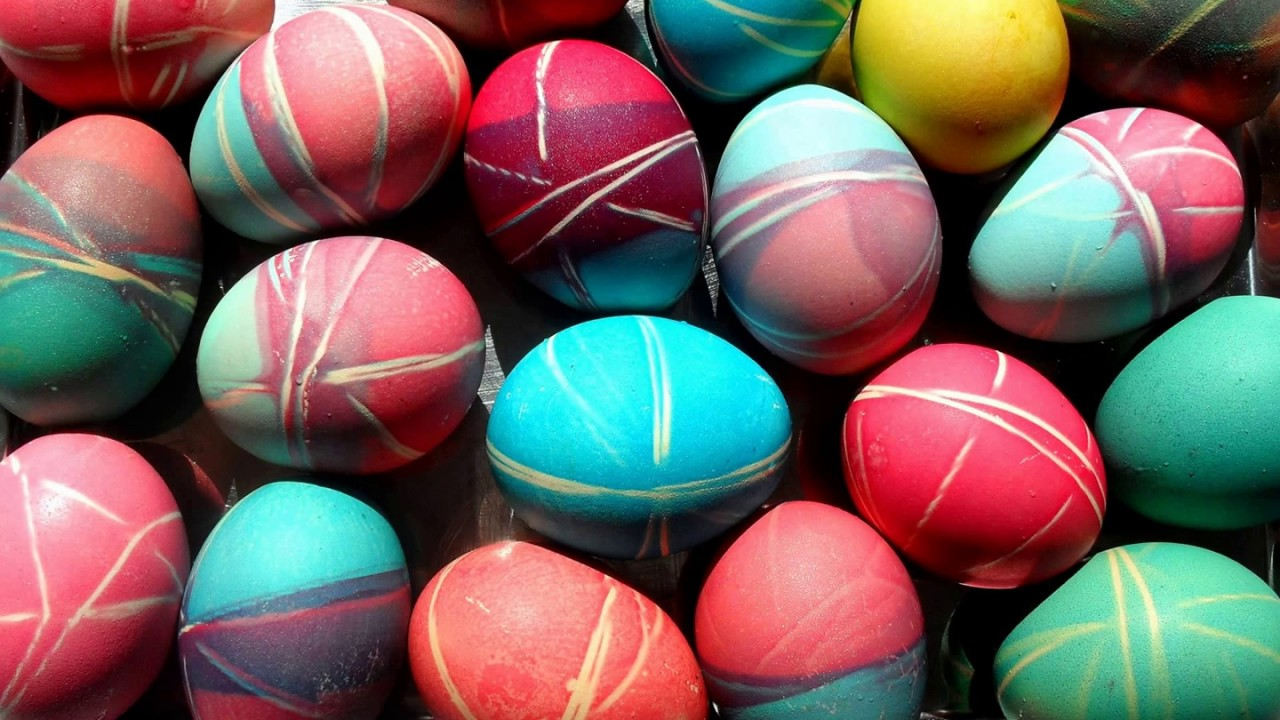 How to paint eggs for Easter