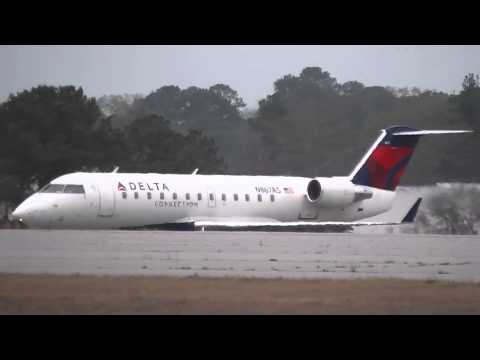 Columbus Airshow Delta Air Lines CRJ-200 Regional Jet  In HD 3-17-2013
