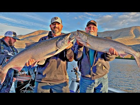 Salmon Fishing The Columbia River / Mouth Of The Deschutes River