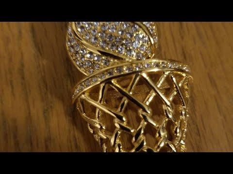 New 24k gold plated chain with basketball pendant!!