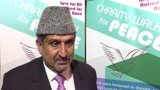 UK Ahmadi Muslims hold Charity Walk Dinner