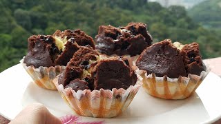 STEAM CHOCOLATE VANILLA CUPCAKES WITH OUT EGG,CONDENSED MILK,YOUGURT BY KITCHEN WITH FATIMA