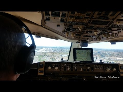 Honeywell Boeing 757 landing at PHX Phoenix Sky Harbor