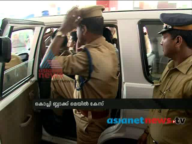 Kochi blackmailing case : Raveendran's suicide case become stagnant : FIR 26th sep 2014