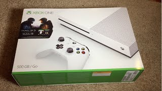 Unboxing the Xbox One S 500GB Halo Bundle