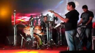 Download Hindi Video Songs - wajoodh live - Tere bin and bulla ki jana mai kaun