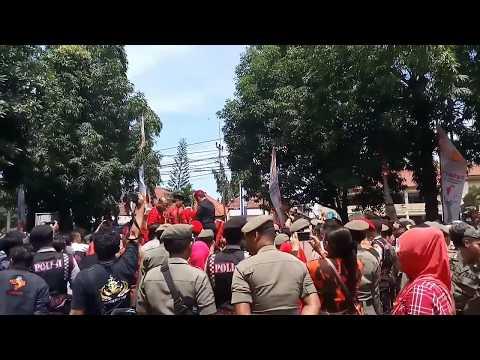 Begini Kemeriahan Di KPU Saat Sunjaya - Imron Daftar Jadi Cabup Dan Cawabup Cirebon