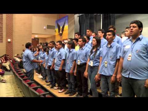 Sinfónica y Coro Juvenil Don Bosco en Bell Multicultural High School