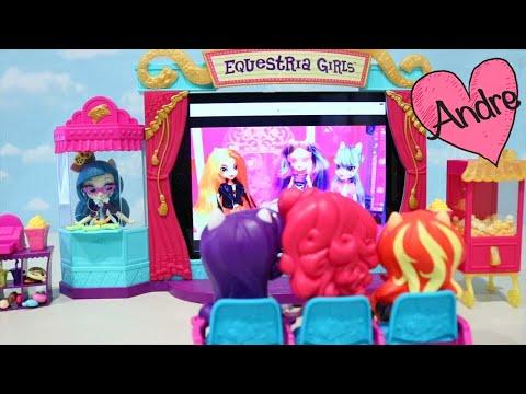 My Little Pony Equestria Girls van al cine - Diversión con juguetes y muñecas para niñas y niños