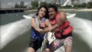 Varnapakittu -- Vellinila  with Lyrics  -  Mohanlal & Meena